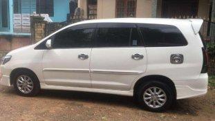 Butuh dana ingin jual Toyota Kijang Innova V Luxury 2013