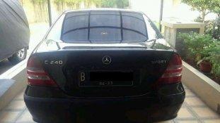 Mercedes-Benz C-Class  2005 Sedan dijual