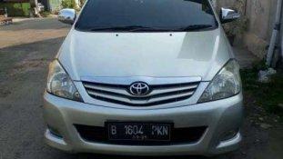 Butuh dana ingin jual Toyota Kijang Innova 2.0 G 2011
