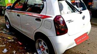 Jual Toyota Etios Valco 2015, harga murah