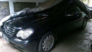 Jual Mercedes-Benz C-Class 2002 kualitas bagus