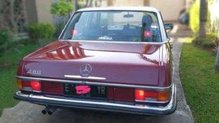 Jual Mercedes-Benz E-Class 280 E kualitas bagus