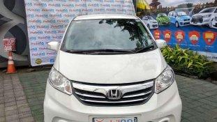 Butuh dana ingin jual Honda Freed E 2013