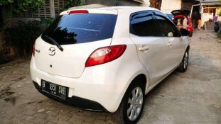 Butuh dana ingin jual Mazda 2 Hatchback 2011