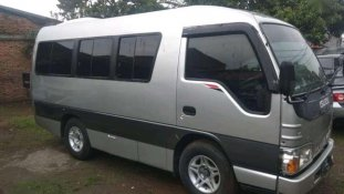 Jual Isuzu Elf 2.8 Minibus Diesel 2011