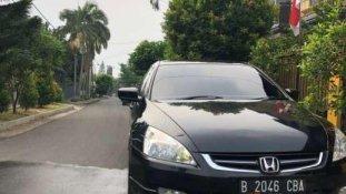 Butuh dana ingin jual Honda Accord VTi-L 2004