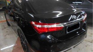 Butuh dana ingin jual Toyota Corolla Altis V 2016