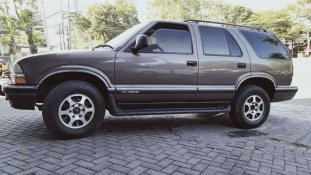Butuh dana ingin jual Chevrolet Blazer 1998