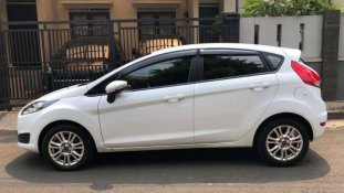 Jual Ford Fiesta Trend 2014