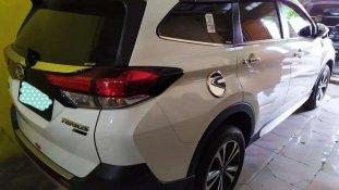 Butuh dana ingin jual Daihatsu Terios R 2018