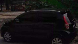 Butuh dana ingin jual Daihatsu Sirion 1.3 NA 2014