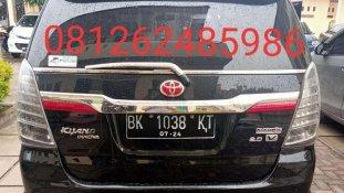 Butuh dana ingin jual Toyota Kijang Innova V 2011