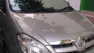 Jual mobil Toyota kijang innova V 2005 bekas di Banten