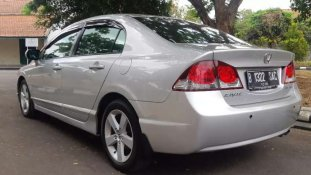 Butuh dana ingin jual Honda Civic 1.8 i-Vtec 2009