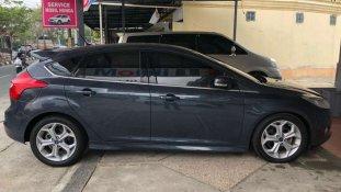 Butuh dana ingin jual Ford Focus S 2012