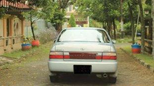 Toyota Corolla 1.6 1994 Sedan dijual