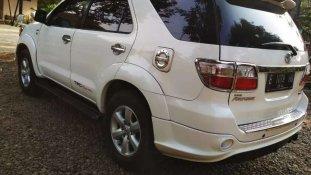 Butuh dana ingin jual Toyota Fortuner G TRD 2011