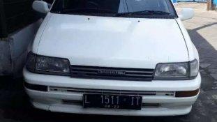 Butuh dana ingin jual Daihatsu Charade 1993