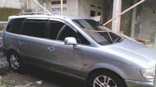 Jual mobil bekas murah Hyundai Trajet GL8 cvvt 2005 di Jawa Barat