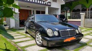 Jual Mercedes-Benz E-Class 1997 kualitas bagus