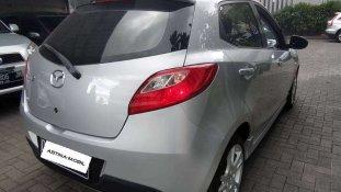 Butuh dana ingin jual Mazda 2 R 2010