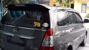 Jual Toyota Kijang Innova 2013, harga murah