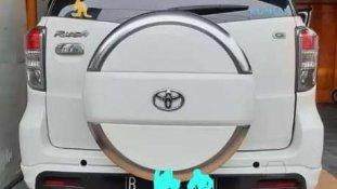 Butuh dana ingin jual Toyota Rush G 2015