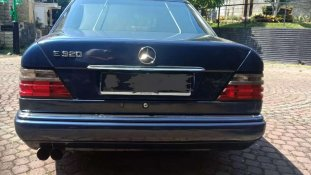 Mercedes-Benz E-Class E 320 1994 Sedan dijual