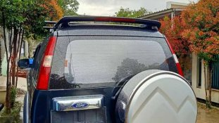 Ford Everest XLT 2008 SUV dijual