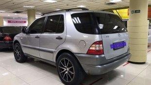 Jual Mercedes-Benz M-Class ML 320 2001