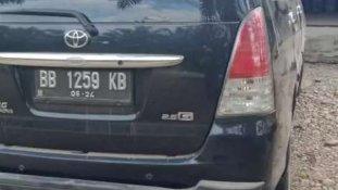 Jual Toyota Kijang Innova 2009, harga murah