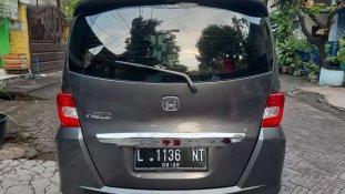 Butuh dana ingin jual Honda Freed PSD 2013
