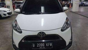 Butuh dana ingin jual Toyota Sienta G 2018