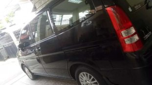 Butuh dana ingin jual Nissan Serena Highway Star 2010