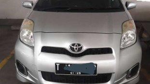 Butuh dana ingin jual Toyota Yaris E 2013