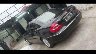 Butuh dana ingin jual Mercedes-Benz E-Class E 240 2002