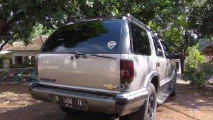 Butuh dana ingin jual Chevrolet Blazer DOHC LT 1997