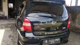 Nissan Grand Livina Highway Star 2011 MPV dijual