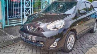 Butuh dana ingin jual Nissan March 2014