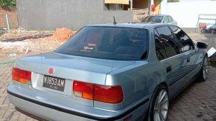 Butuh dana ingin jual Honda Accord 2.0 1992