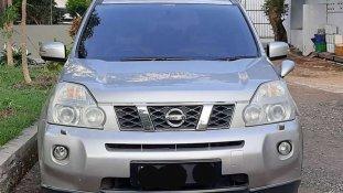 Butuh dana ingin jual Nissan X-Trail 2.5 CVT 2011