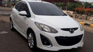 Butuh dana ingin jual Mazda 2 Sedan 2011
