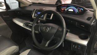 Butuh dana ingin jual Honda Freed 1.5 2009