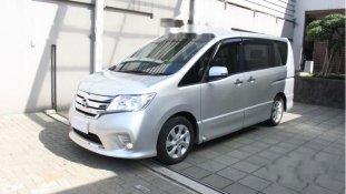 Nissan Serena Comfort Touring 2010 MPV dijual