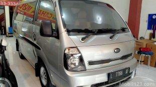 Butuh dana ingin jual Kia Travello Option 2 2014