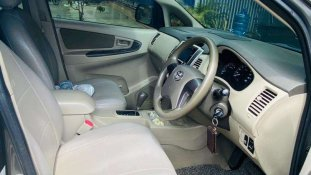 Jual Toyota Kijang Innova G Luxury 2014