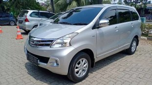 Butuh dana ingin jual Toyota Avanza G 2015