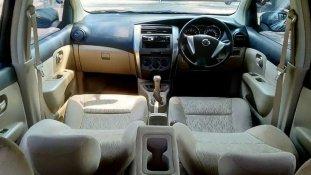 Butuh dana ingin jual Nissan Grand Livina SV 2015
