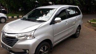 Butuh dana ingin jual Daihatsu Xenia R 2016