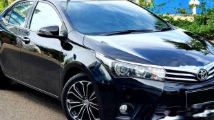 Jual Toyota Corolla Altis 2015 kualitas bagus